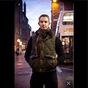 BARBOUR® DOWN-FILLED WAXED GILET INSULATED VEST
